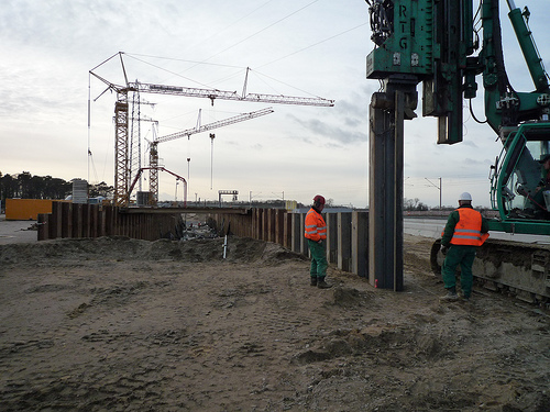 Supplier of pile sheets for Berlin-Schönefeld Airport BBI, pile sheet wall made of special steel, including sealing